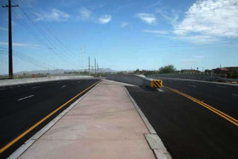 La Cholla Boulevard: Ruthrauff Road to River Road