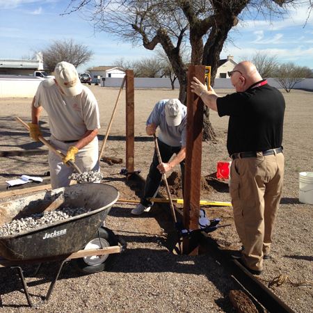 Volunteers helping at Canoa Ranch